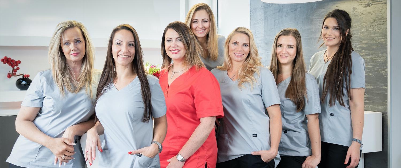 Gruppenbild Team Die Schönheitschirurgin Wien